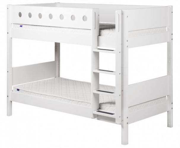 Flexa Etagenbett Leiter : Flexa etagenbett white mit gerader leiter weiß birke natur
